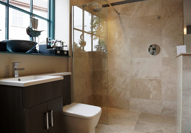 We offer a full tiling service for bathrooms and kitchens